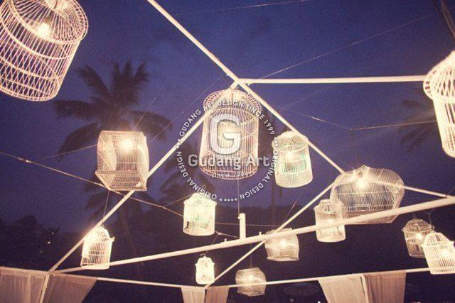 Lampu Sangkar Inspriratif Pada Taman