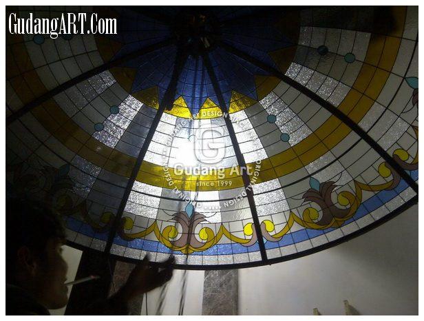 Kubah Kaca Patri Villa Ambarawa