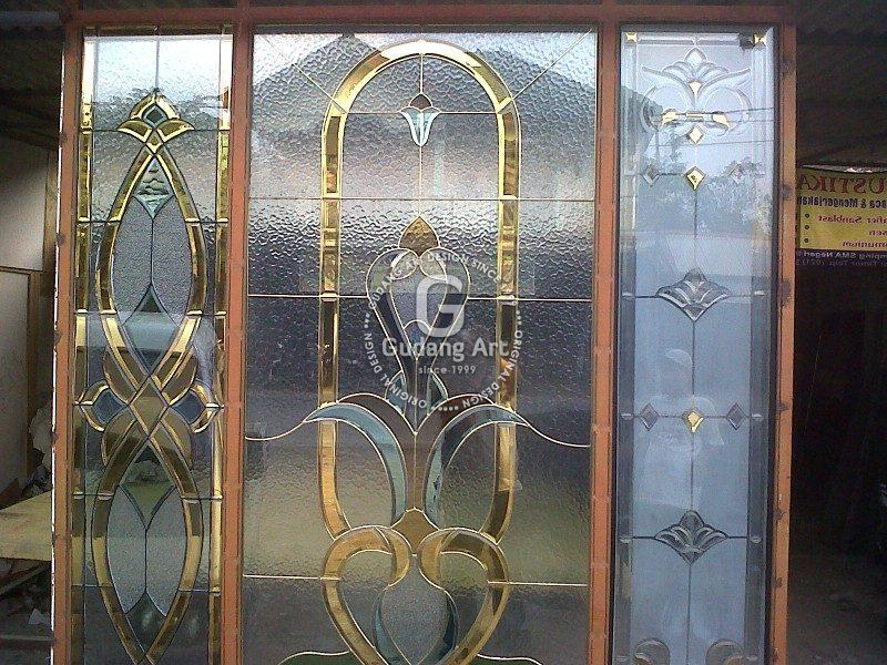 Pengertian Dari Kaca Patri Untuk Jendela Dan Jendela Itu Sendiri