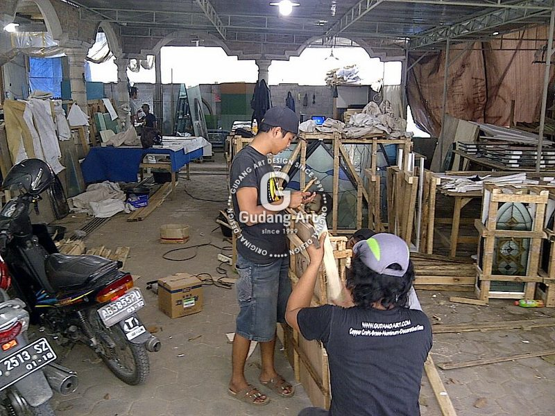 Penjual Kaca Patri Ternama Gudang Art Design