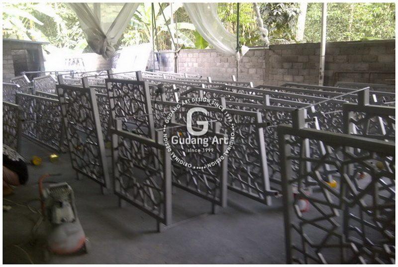 Pengaplikasian Tralis Cor Aluminium Untuk Rumah Karena Keungguluannya