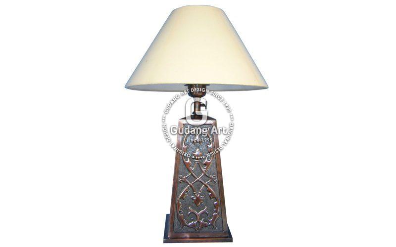 Lampu Meja Tembaga Kuningan3